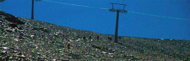 Senderismo por la Estación de Esquí Sierra Nevada en verano