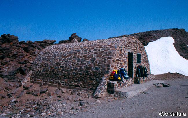 Refugio-Vivac de la Carihuela