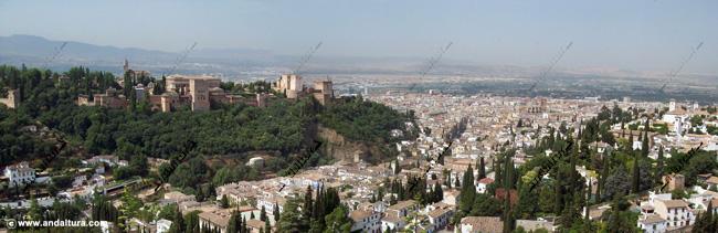 La Alhambra y el Generalife desde el Mirador de San Miguel Alto