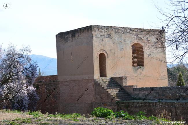 Adarve y Torre de la Bruja