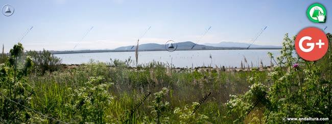 Vistas desde el oeste de la Laguna de Fuente de Piedra