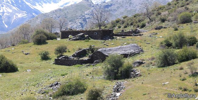 Punto final de la ruta en los Cortijos y el Refugio del Hornillo