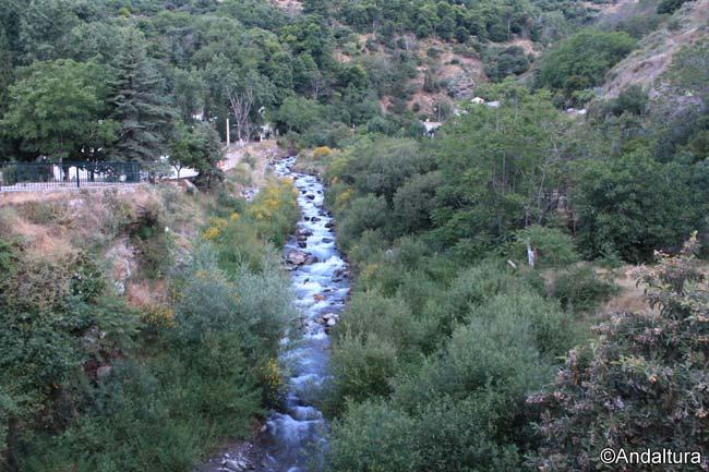 Río Lanjarón a su paso por el municipio