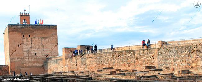 Paseo por el Adarve en la Alcazaba