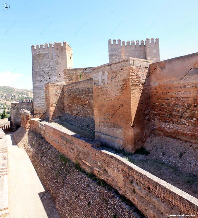 Torre de Alquiza y Torres del Homenaje y Quebrada