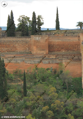 Murallas y Torre de Alquiza