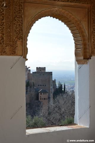 Torre de Comares desde el Mirador del Generalife