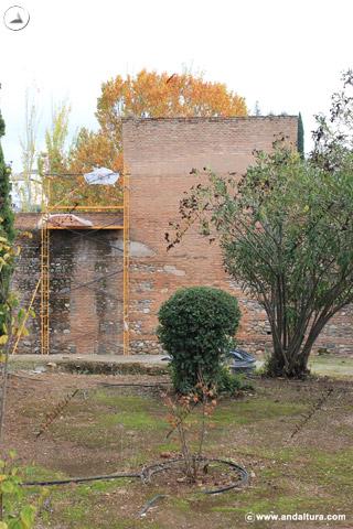 Trabajos de restauración en la Torre de Juan de Arce