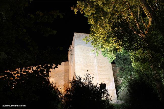 Torre Juan de Arce nocturno