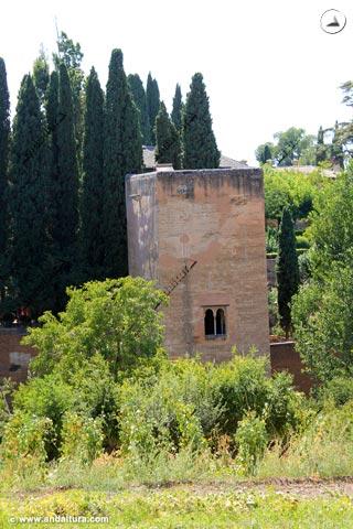 Torre de la Cautiva desde el Generalife