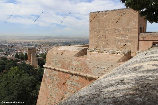Torre de la Pólvora y Torres Bermejas