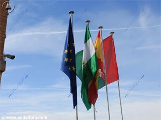 Banderas en la Alhambra