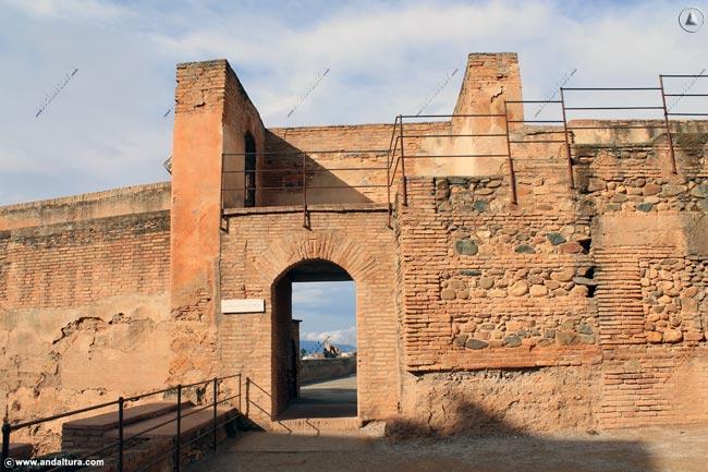 Entrada a la Terraza de la Torre de las Armas