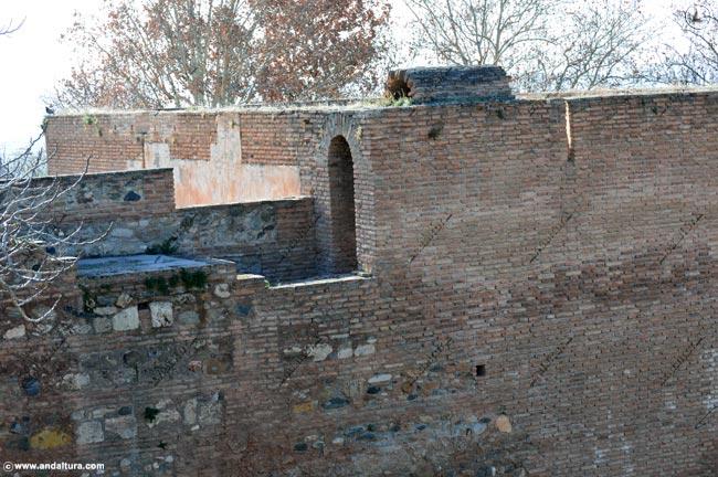 Detalle del Adarve y la Terraza de la Torre de las Cabezas