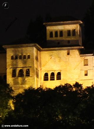 Palacio del Partal nocturno