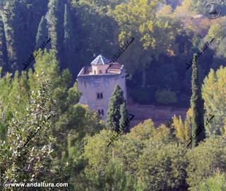 Torre de las Infantas desde la subida a la Silla del Moro