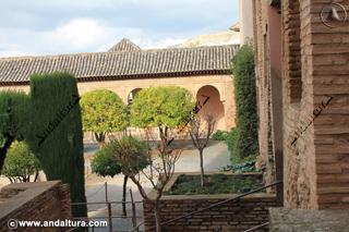 Patio de Machuca y tejado Torre de Machuca