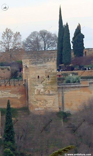 Torre de Muhammad y Plaza de los Aljibes