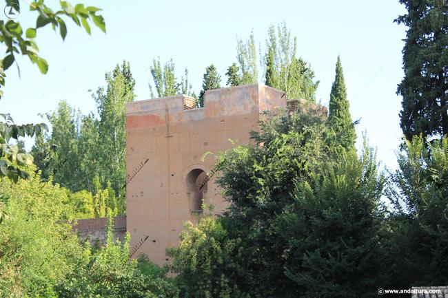 Torre del Agua desde la zona alta de la Cuesta de los Chinos