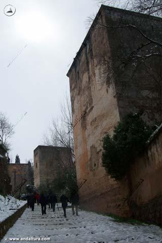 Baluarte de la Torre de los Picos y Torre del Cadí