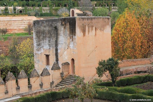 Detalle Torre del Cadí desde el Paseo de las Torres