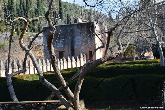 Jardines Bajos del Partal, en la zona inferior del Paseo de las Torres