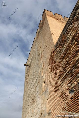 Torre del Homenaje desde su base