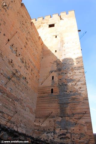 Torre del Homenaje desde la calle del Foso
