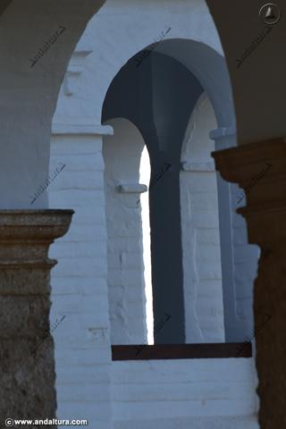 Detalle superior de la Torre de ISmael desde la Galeria del Palacio del Generalife