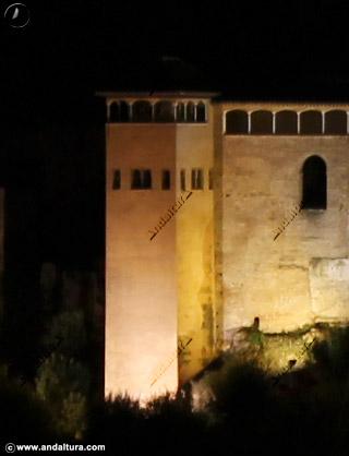 Torre del Peinador de la Reina nocturna