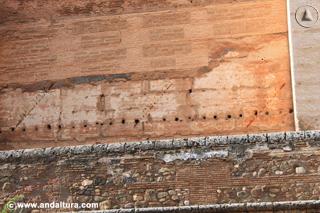 Detalle Muralla de la Torre Quebrada