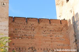 Detalle entre Torre Quebrada y del Homenaje