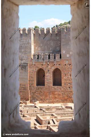 Torre Quebrada desde la Torre de la Vela