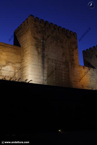 Torre Quebrada nocturna
