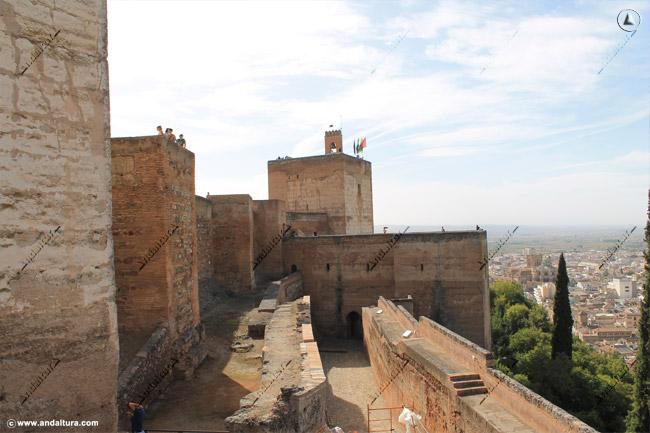 Torres de la Alcazaba, desde la Torre del Cubo