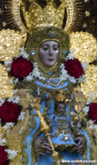 Detalle de la Virgen del Rocío