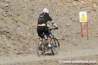 Bikers en el Bike Park Sierra Nevada